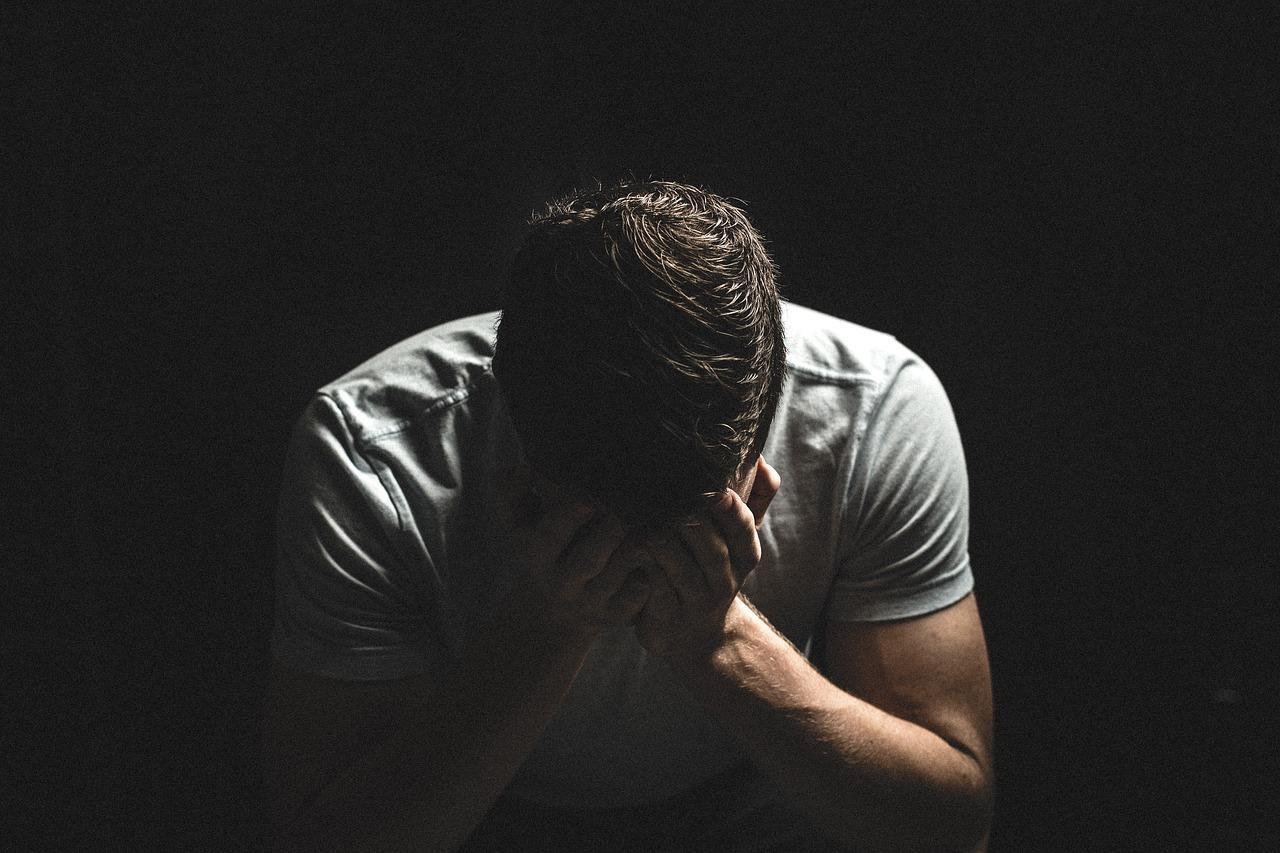 Căng thẳng mệt mỏi là nguyên nhân khiến nội tiết tố thay đổi