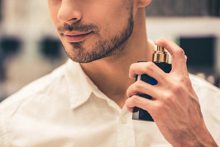 MEN Phong Cách - Dùng nước hoa chuẩn phong cách