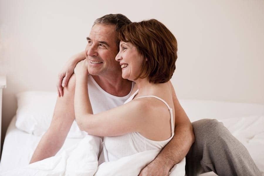 Đàn ông 50 tuổi quan hệ tuần mấy lần là đủ