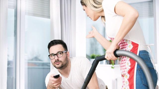 Không chịu san sẻ việc nhà với bạn