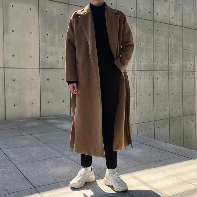 Áo khoác dạ mix cùng khăn len phù hợp với mùa đông Đà Lạt
